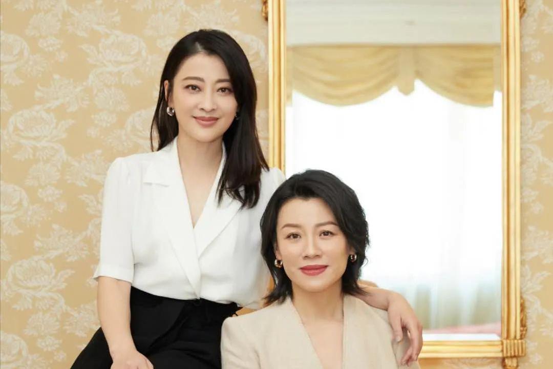 梅婷刘琳16年后再同框!《父母爱情》成经典,姐妹友情让人羡慕