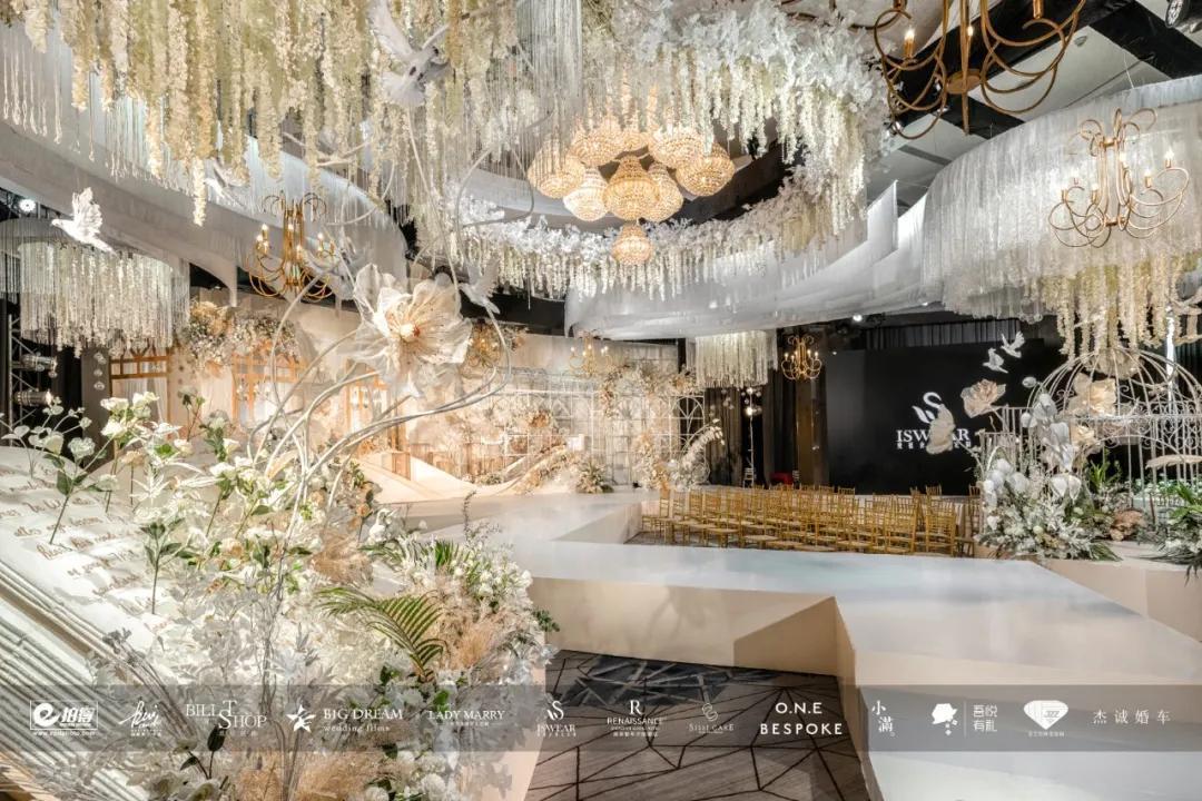 深圳彭年万丽酒店:以爱之名不止一聚,爱的筵席,值得一生铭记