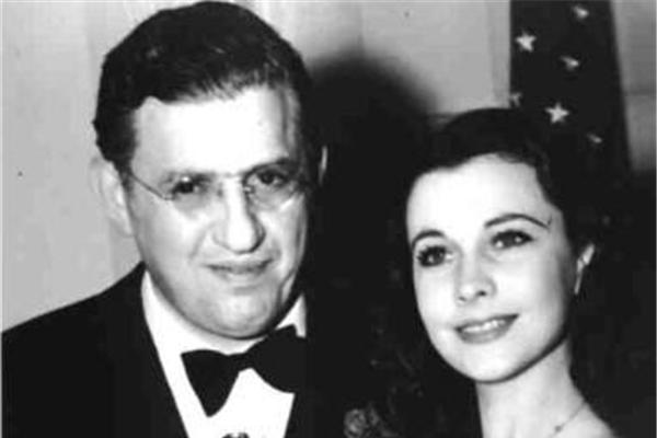 老照片:永远的女神费雯·丽,1940年获得奥斯卡最佳女主角奖现场