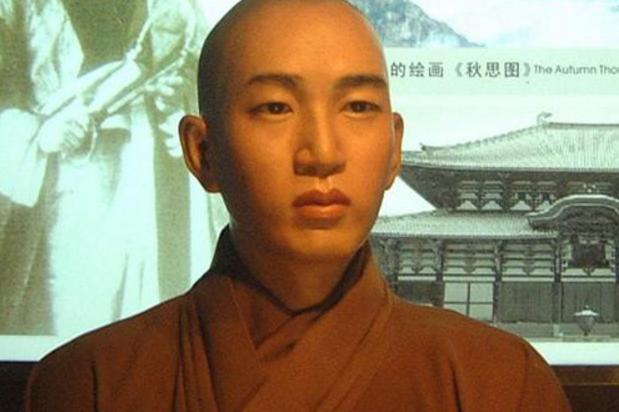 民国僧人苏曼殊,3次出家,3次破戒,多情又多才,生平最爱吃糖
