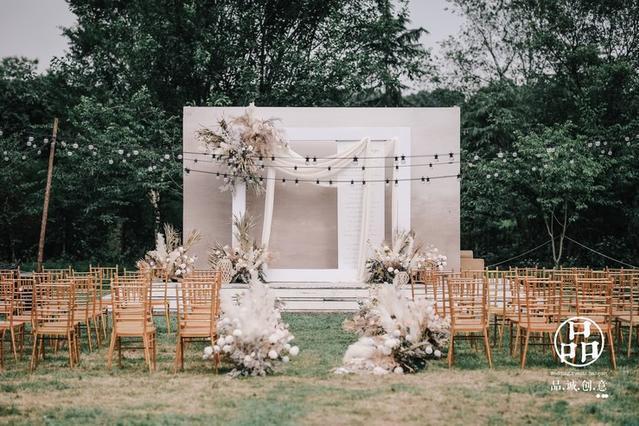 DODOWED婚礼案例推荐系列之品诚创意婚礼作品《夏日草帽歌》