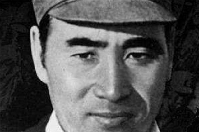 南昌起义的3个黄埔4期生,成绩最好的叛变,成绩最差的却当上元帅
