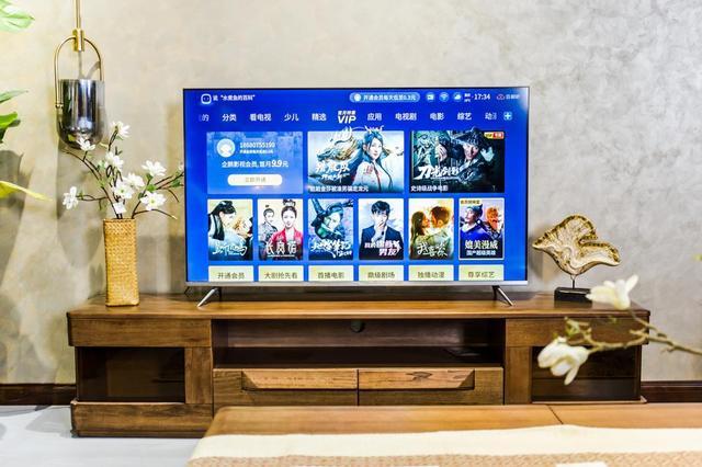 TCL Q78D旗舰云社交智慧电视评测:客厅又响起了欢声笑语