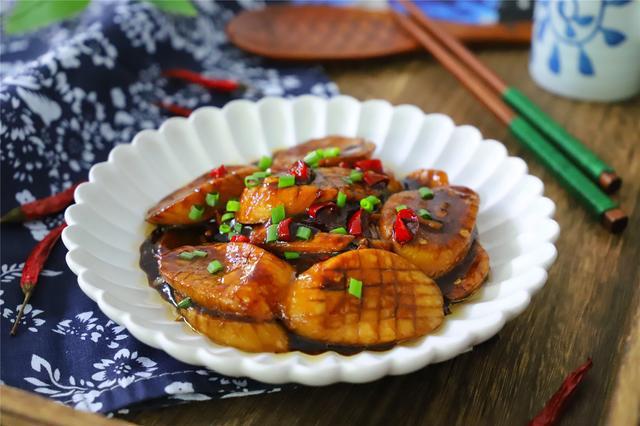 杏鲍菇最简单的的做法,鲜嫩营养又下饭,出锅比肉好吃