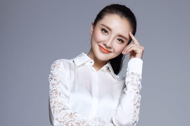 从人艺实力派到国家一级演员,孙茜才是乘风破浪的姐姐!