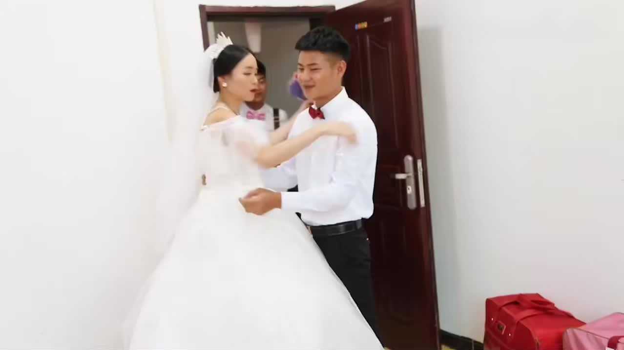 广东小伙接亲,新娘是爸妈介绍的,看看漂亮不