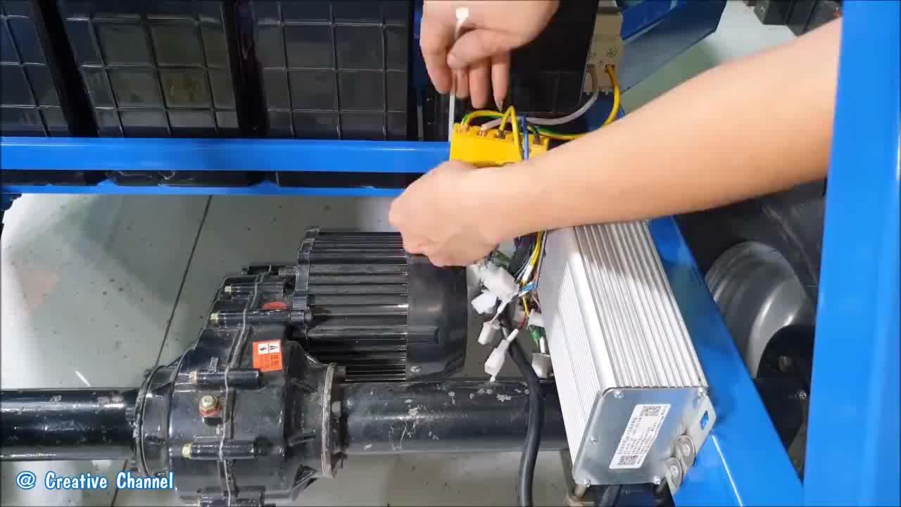 机械牛人组装1000W电动车开出去回头率爆表成品终于出来了