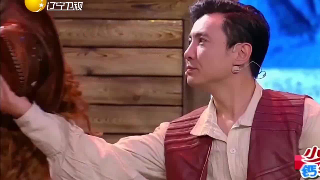 沈腾和艾伦表演的小品《赏金猎人2》,整个剧情让人笑个不停