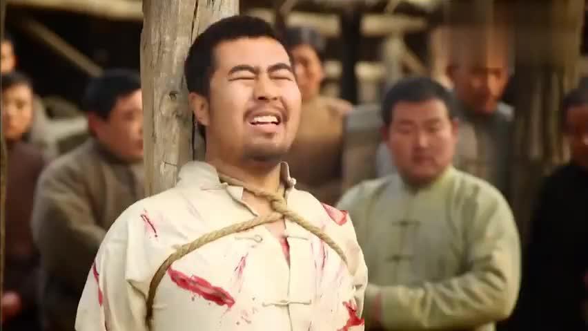 红高粱:余占鳌收留了张俊杰,军师看他文质彬彬,怀疑他是个奸细