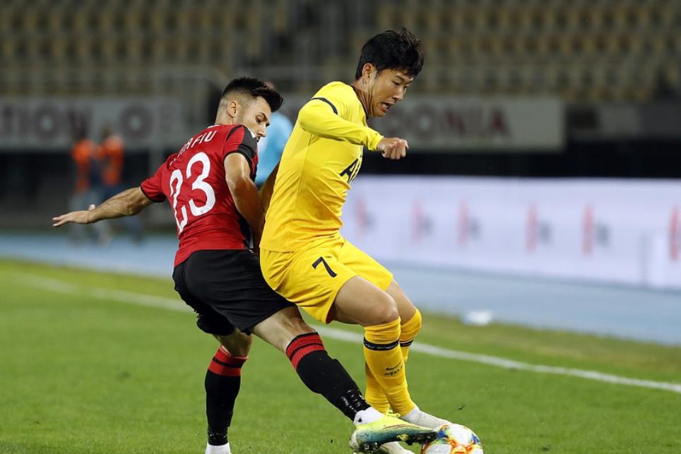 欧联杯资格赛第三轮斯肯迪亚1:3热刺,孙兴慜打进一球两次助攻
