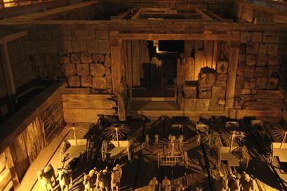 """考古挖掘大型古墓时,为何事先要做""""法事""""?专家:这不是迷信"""