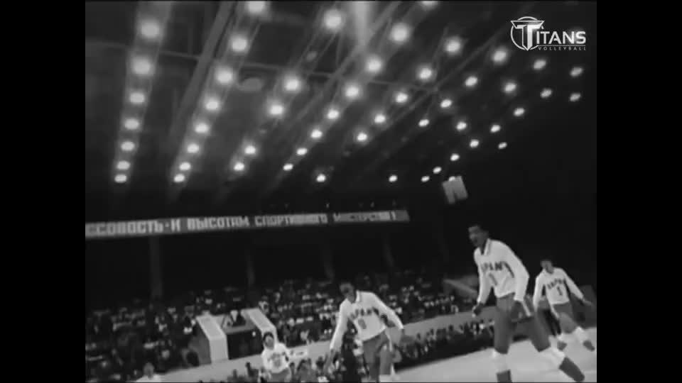 给中国女排谁特写了,看看从1930到2020排球运动的演变