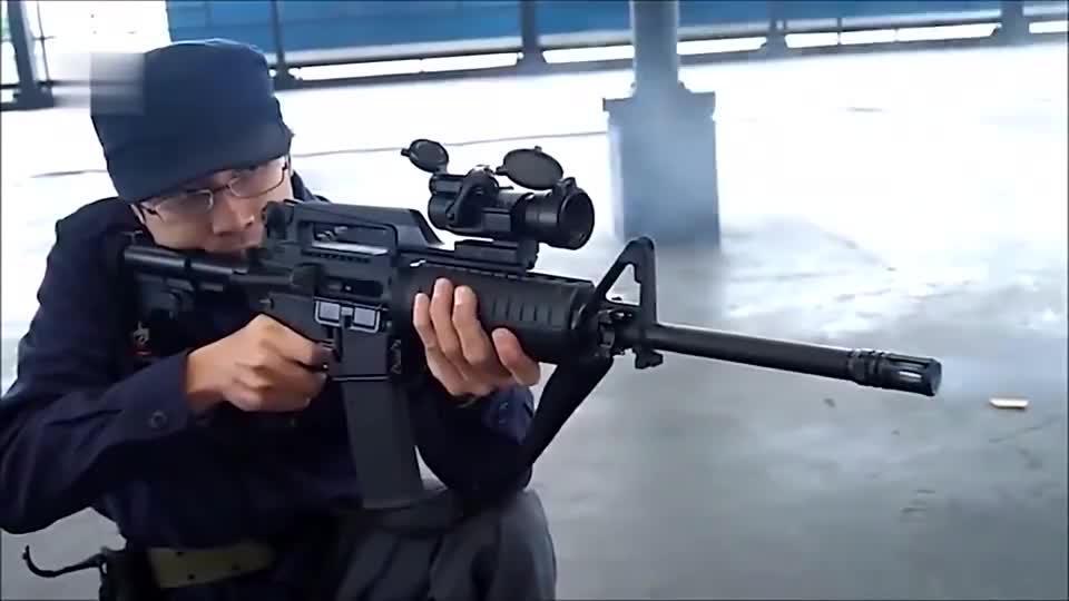 射速极快的全自动手枪,室内靶场射击测试