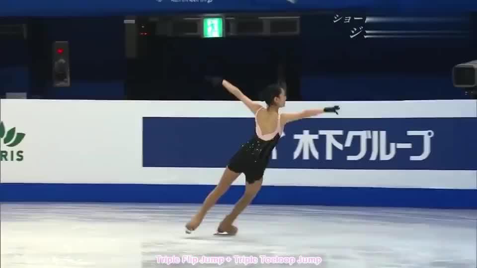 中国花式滑冰,李子君倾情演出,赢得在场人的掌声!