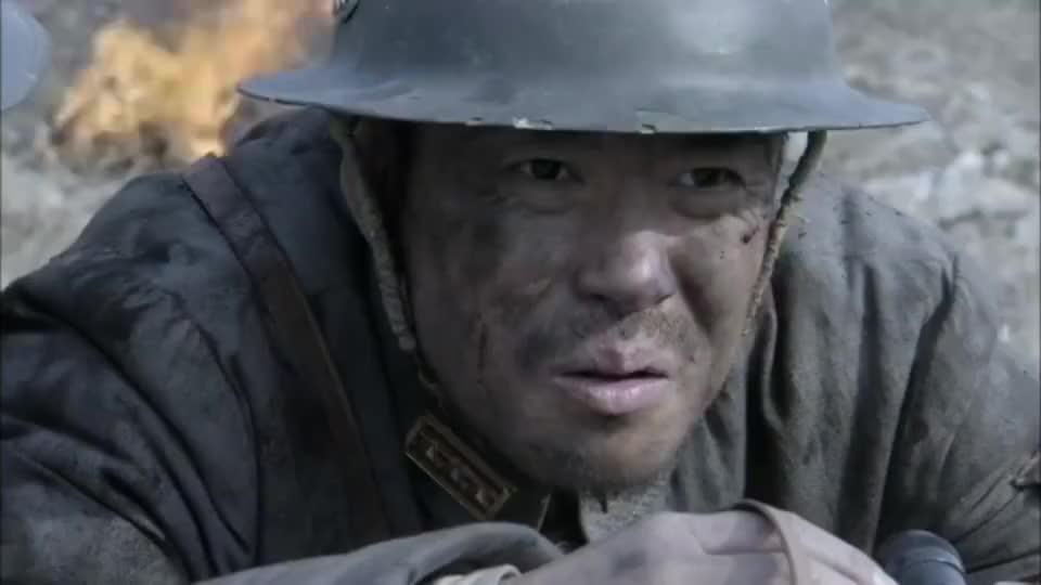 台儿庄战役打响,国军出动空军给台儿庄补充物资