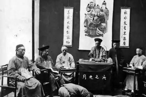 他只是一介县令,却断案如神,死后,李鸿章为他写墓志铭