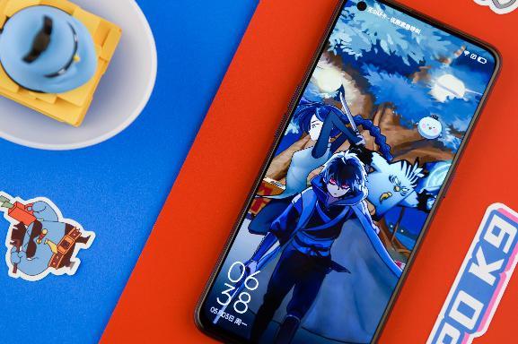 骁龙768G、90Hz电竞护眼屏,潮酷OPPO &伍六七礼盒,好看更好玩