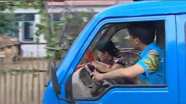 乡村爱情:玉田相亲非要从刘能家门口过,结果车坏了
