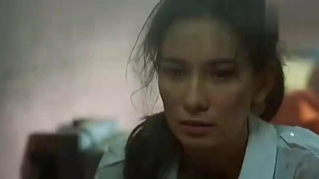 惹不起的中国军人,当五星红旗升起的那一刻,我感动得哭了!