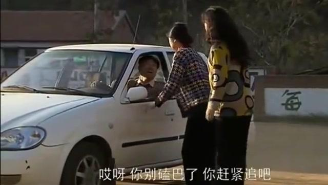 乡村爱情:刘能开车过河,怎料半道熄火,长贵嘲笑