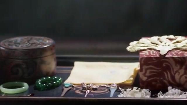 三生三世:凤九继承青丘女帝之位,这一袭红裙,颇有女君风范