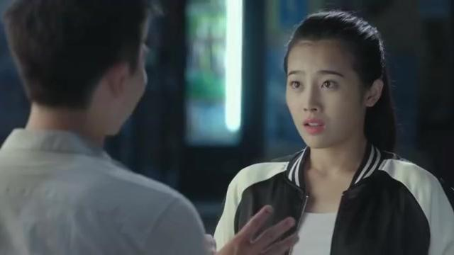 警察锅哥:舞云的感情被简凡看穿,可询问起被拒绝,女人心真难懂