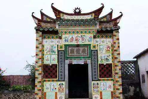 中国从未开拓殖民地,但华人也曾在海外建立不少王国