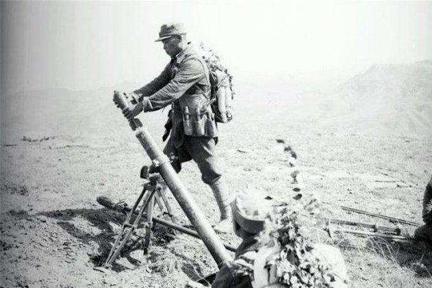 他是和八路军李二喜齐名的国军神炮手,一炮瘫痪日军指挥系统