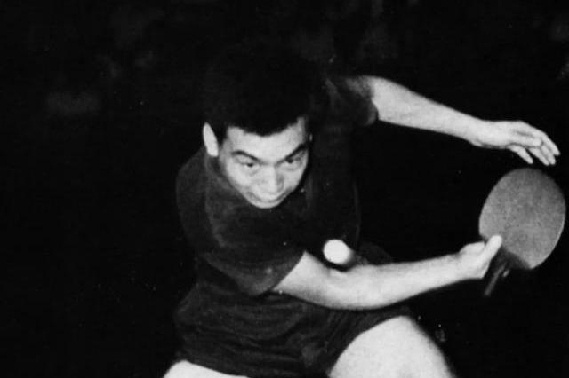 素有魔术师美誉,开创长胶削球打法,培养了邓亚萍,还记得他吗?