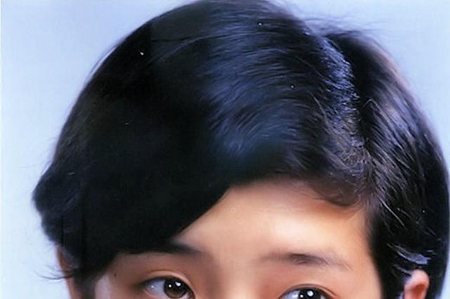 """""""樱花女神""""山口百惠绝版照片,优雅的老去,也是一种美感!"""