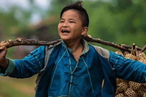 汶川地震13周年,10位英雄少年近况曝光,有人成了明星有人在服刑