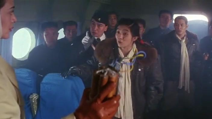 冒险王:影后级女演员杨采妮,轻松驾驭各种发型,真有气质!