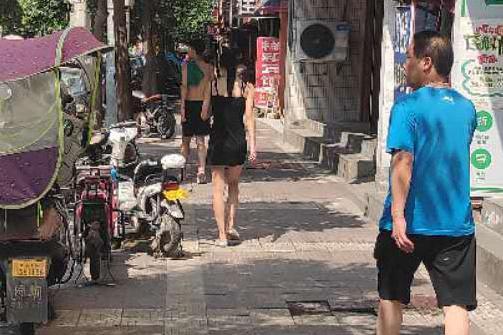 西安城中村印象,除了便宜的美食和房租,还有陪你一起奋斗的姑娘