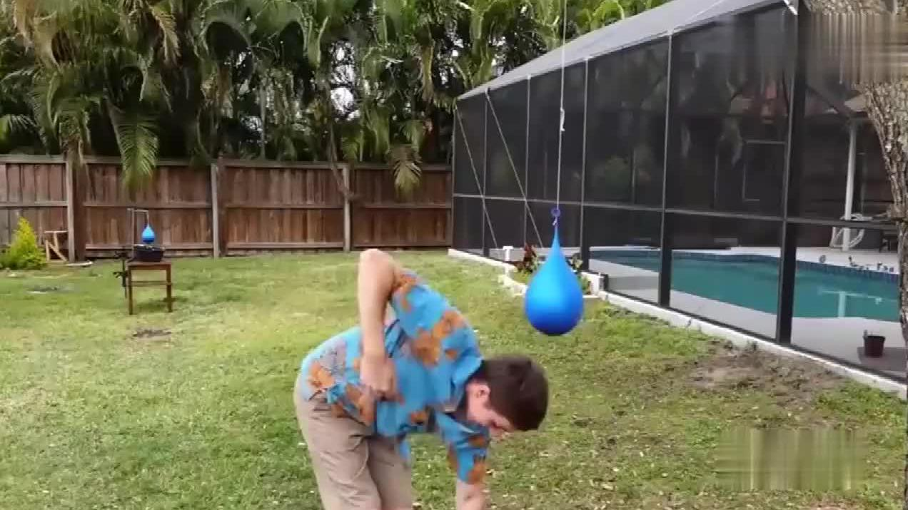 用高尔夫球射向非牛顿流体,定格的一瞬间超级美!