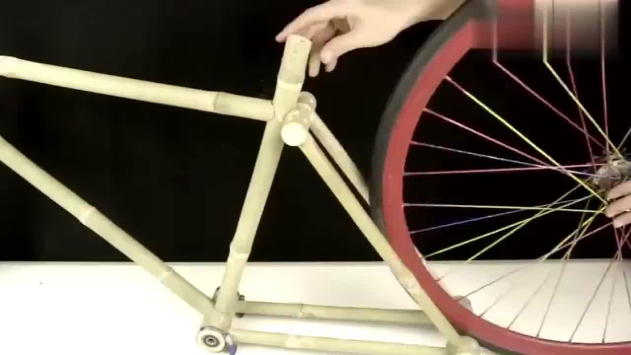 牛人用竹子当车架打造一辆自行车网友你真优秀啊