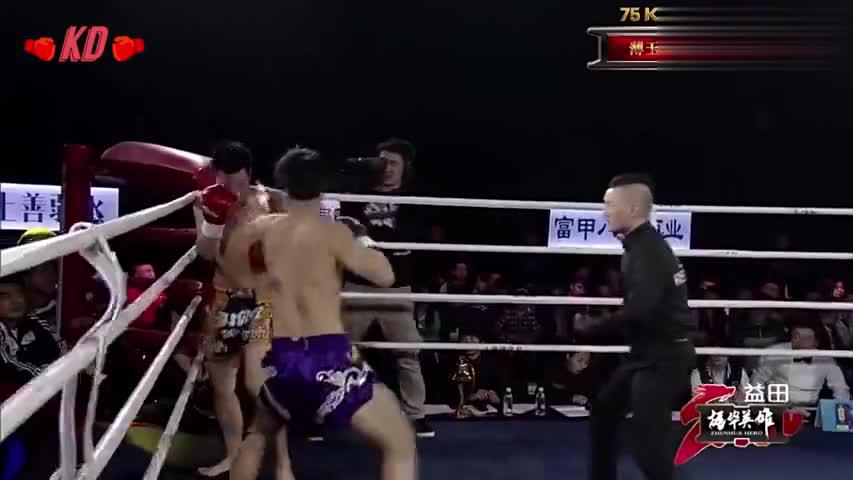 5拳砸上对手太阳穴,16秒极速KO,拳一下去对手就不行了