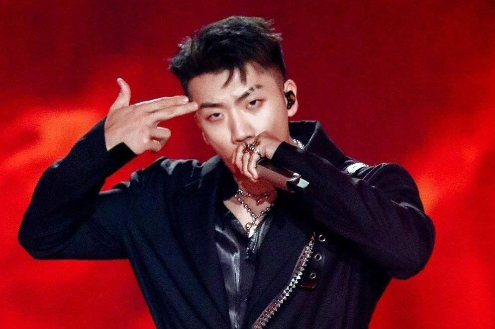 Rapper身份被认可,杨和苏与DYG合作,推出战队主题曲《顶点》