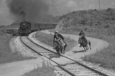 """徐广田""""铁道游击队""""创始人之一,抗日战争结束后,为何叛变革命"""