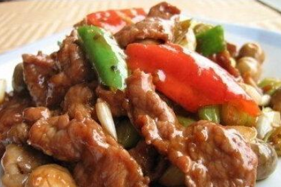 精选食谱:葱爆牛肉原料,凉拌茄瓜条,蚝油芦笋的做法