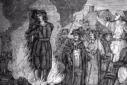 在欧洲中世纪,怎么证明自己不是女巫?给你一百张嘴辩论