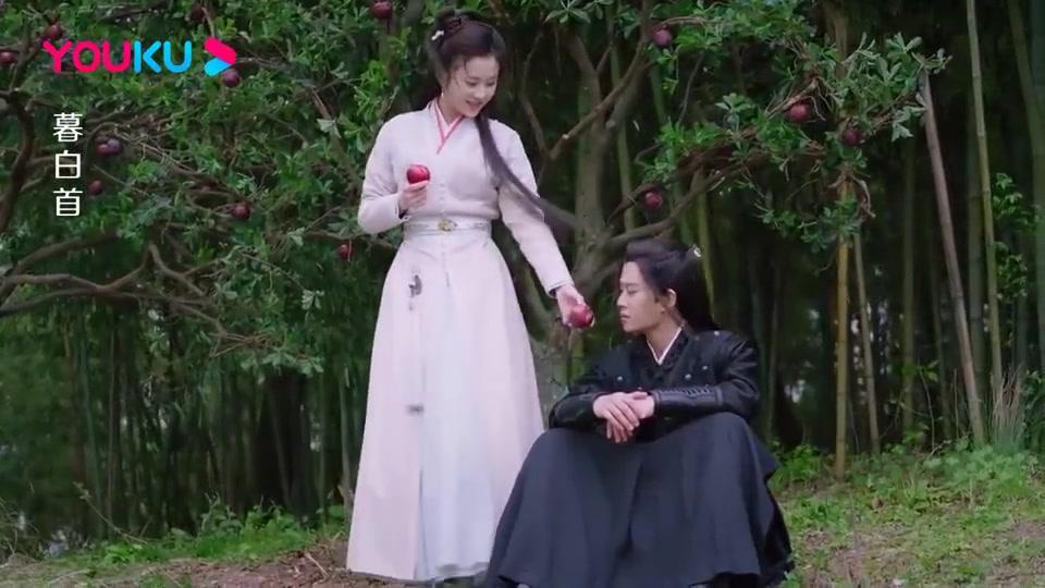 白首夫妇再相遇太幸福,那岚岳偷亲容婳,口中的酸李子都变甜了!