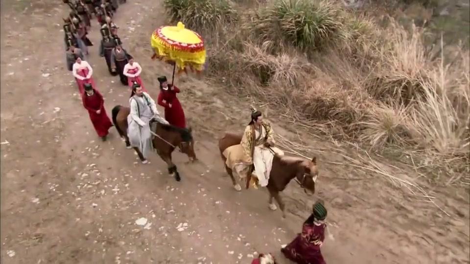 薛丁山误杀薛仁贵,皇帝下令午时三刻斩首,全家都来送行