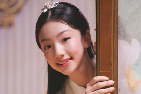13岁就有20部影视作品,肖战、赵丽颖抢着要她,前途无可限量