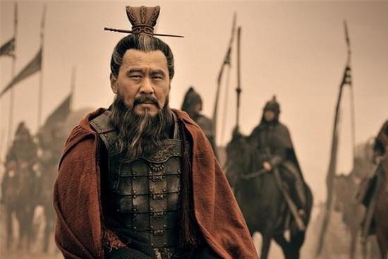 如果刘表活着,曹操去攻取荆州,刘表是会选择抵抗,还是投降呢?