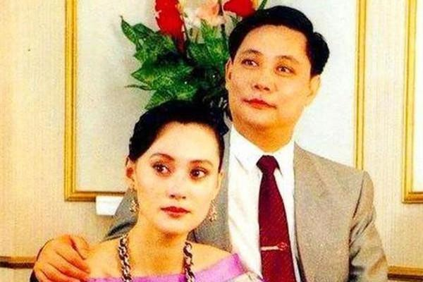 宋佳:21岁嫁42岁张学津,44岁与蔡程相恋,48岁生子,儿子却姓张