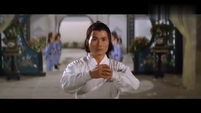 武侠片:武林败类抢绝世秘籍妻离子散,二十年后练成神功上门复仇