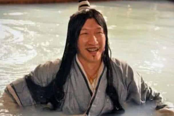 最不适合古装的男明星,王俊凯发际线惊人,看到孙红雷:搞笑