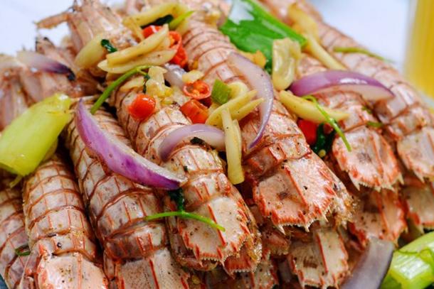春天可以给孩子做些皮皮虾,椒盐风味很可口,怎么吃都不腻