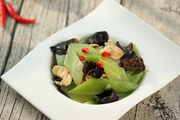 春季减肥多吃这道菜!主要食材不是韭菜,而是清爽可口的它