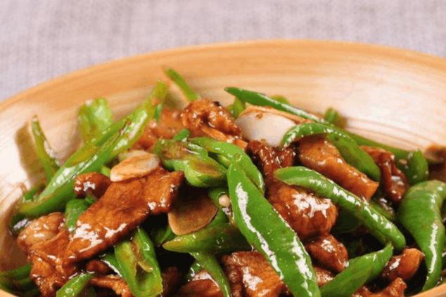 青椒与肉丝是绝配,经济实惠营养丰富,孩子们特别爱吃